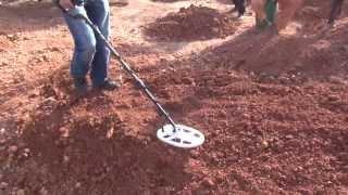 Máy dò vàng cốm Fors Gold tại Châu Phi Part1