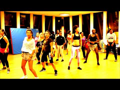 JA BO CRE MAS AFRICAN MOVEMENT - COURS DE COUPE DECALE BY ASSOCIATION EVEIL TON ART.wmv