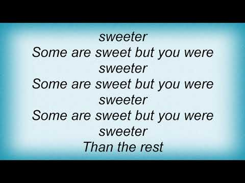 Joan Osborne - Sweeter Than The Rest Lyrics