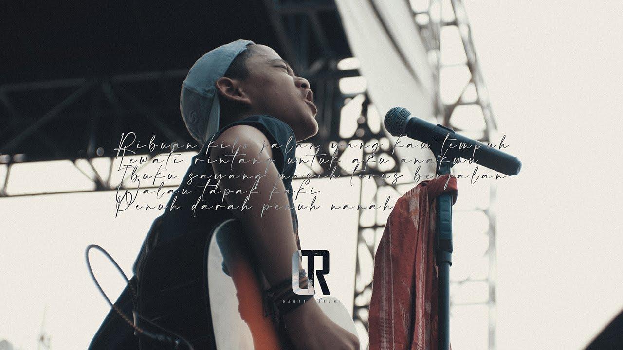 Download Danes Rabani - Ibu ( Iwan Fals Acoustic Live Cover )