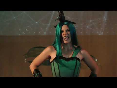 Cosplay show (E.Goldstein)