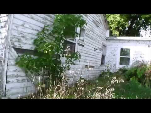 mysterious abandoned buildings in illinois: urban exploration of a possible ghost town