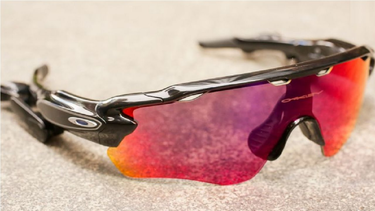 343020009a Oakley Radar Pace review - YouTube