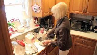 Old Victorian Farmhouse Bed And Breakfast - Sherry's Special Coffee Cake Recipe