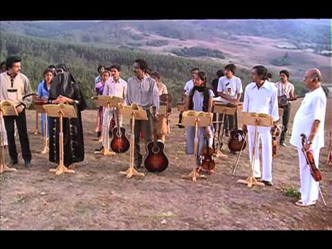 Mella Thiranthathu Kadhavu Tamil Movie Scenes | Amala Singing In Music Class | Senthil