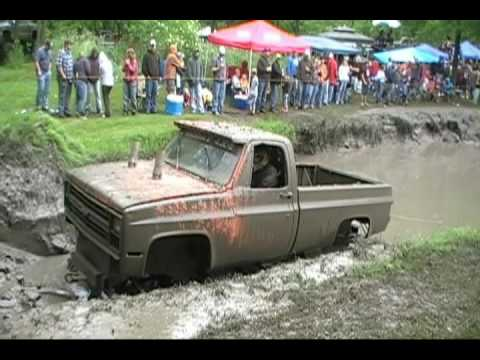 Barnyard Boggers Friday4x4 at Good times 4x4's MUD BOG P-2.