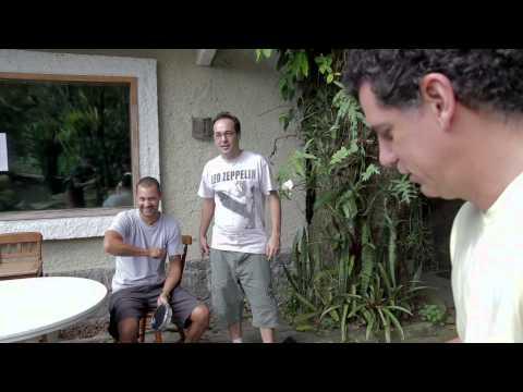 Sidon Silva mostrando os bastidores da gravação do CD Arrastão da Alegria - Monobloco