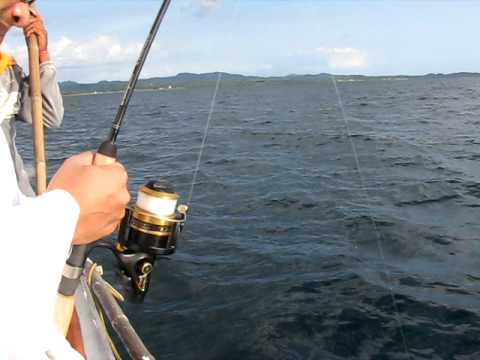 how to fix a broken fishing rod