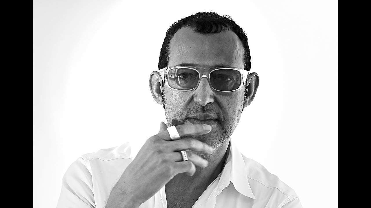 designer karim rashid at his studio in new york youtube. Black Bedroom Furniture Sets. Home Design Ideas