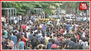 Police And Students Of KIIT Clash In Bhubaneshwar, Orissa