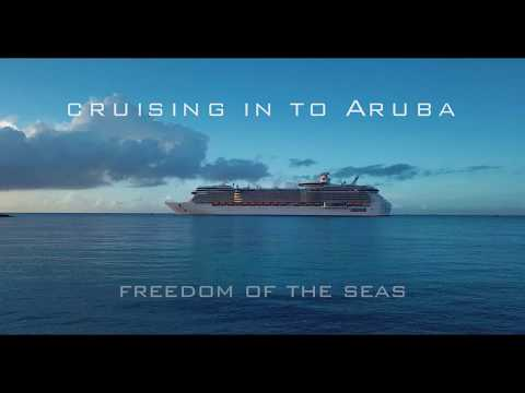 Cruise ships arriving in Aruba in 4k