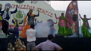 Download Hindi Video Songs - BHANGRA IN GANPATI.mp4