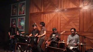 RealEx Band - Terlatih Patah Hati (The Rain Cover)