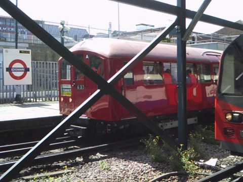 1938 Stock: 'Art Deco Train' on the Northern & Piccadilly Lines - 21st July 2013