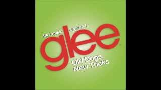 Watch Glee Cast Werewolves Of London video
