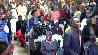 Watch Trymore Bande Perfoming live on Grace Abound Church : Muimba Yamwari