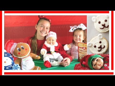 Kids Baking Christmas Cookies🎅🏼👶🏼🍪 Reboorn Doll Makes Sugar Polar Bear🐼 Betty Crocker