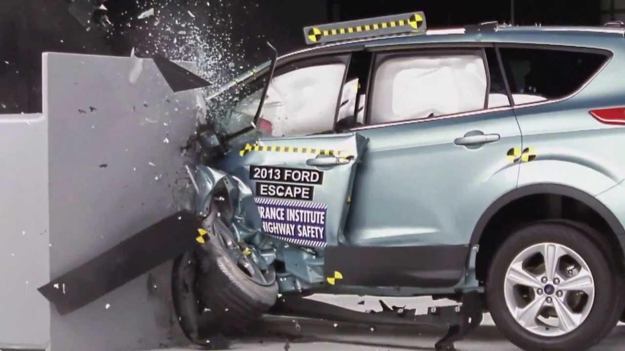 iihs 2013 ford escape kuga small overlap crash test. Black Bedroom Furniture Sets. Home Design Ideas