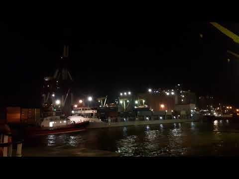Cara kerja kapal harbour tug