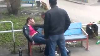 пьяная драка на улице алкаши бухие жесть