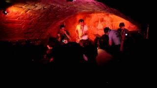 GUADALUPE PLATA - BABY ME  VUELVES LOCO @ La Tetería (Úbeda) 28-09-2011