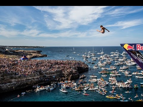Red Bull Cliff Diving World Series 2015 – Action Clip –  Polignano a Mare, Italy