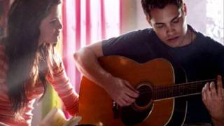 Drew Seeley and Selena Gomez - New Classic (acoustic short version)