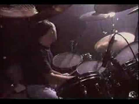 Drum Duet - Phil Collins and Chester Thompson drums AWESOME!