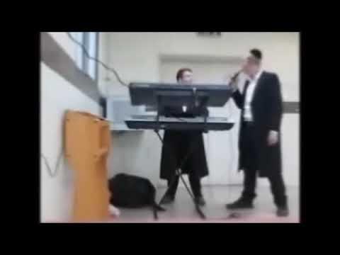 האורגניסט חיים שביט והזמר שרוליק רוזנטל