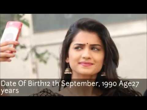 Hruta Durgule(Marathi Actress),Income, House, Cars, Luxurious Lifestyle & Net Worth 2018 KE