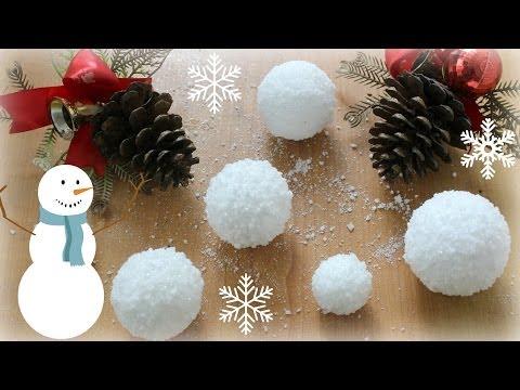 12 Diys Of Christmas Fake Snow Balls