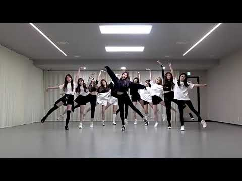 VIOLETA IZONE DANCE PRACTICE MIRROR
