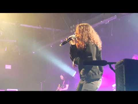 Alessia Cara - Four Pink Walls (Live)