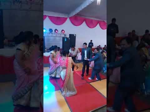 Marriage Dance : Mujhe Naulakha Manga De