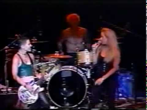 Joan Jett and Cherie Currie - Cherry Bomb Live 2001
