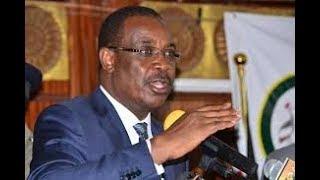A NEW NAIROBI: Dr Evans Kidero congratulates Governor Mike Sonko
