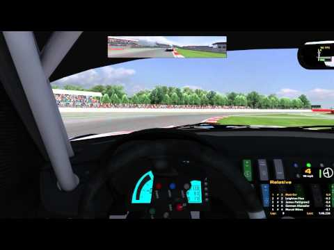 iRacing : Objects in Mirror are Still There. (Z4 GT3 @ Silverstone)