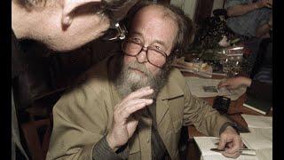 «Александр Солженицын — один из величайших писателей двадцатого века!». Le Figaro, Франция.