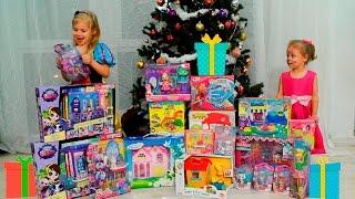 Новогодние подарки! Саша и Василиса. Малинка Тв(Привет ребята! Сегодня мы рассматриваем новогодние подарки! У нас их огромное количество! Зои магазин, барб..., 2016-01-02T06:30:38.000Z)