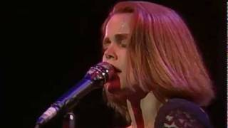Belinda Carlisle - Circle in the Sand (Runaway Horses Tour