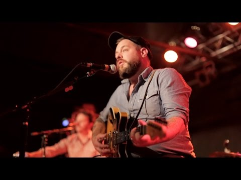 Front Row Boston | Nathaniel Rateliff – Liverpool (Live)