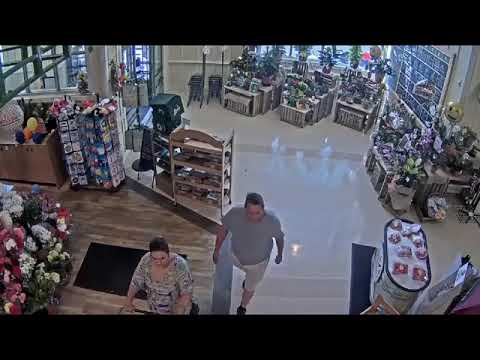 Lexington Police Department theft at Lowes Foods
