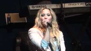 "Demi Lovato - ""Who's That Boy"" and ""You're My Only Shorty"" (Live in Del Mar 6-12-12)"