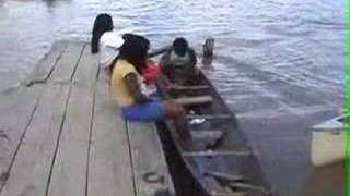 warao in canoe