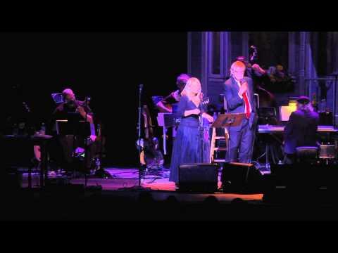 Hils Fra Meg Der Hjemme - Lynn Peterson - 5/17/2014