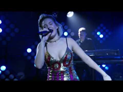 Anne-Marie - Do It Right LIVE   MTV Wonderland