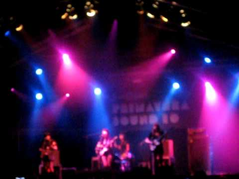 Dum Dum Girls - Play With Fire (The Rolling Stones cover) - live, Primavera Sound 2010