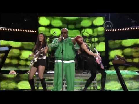 "Cee Lo Green ""Forget You"" (LIve at the 2011 NBA Sprite Dunk Contest 2-19-2011)"