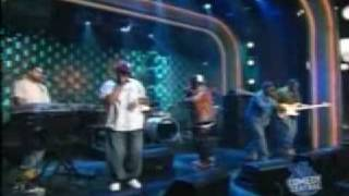 The Roots feat Musiq - Break You Off (Live on Conan, 2002)
