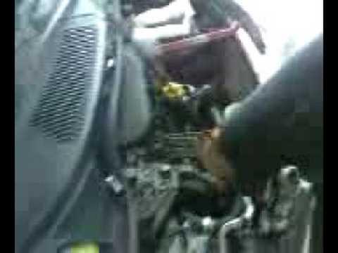 Santa Fe Ford >> Due meccanici alle prese con un iniettore - YouTube
